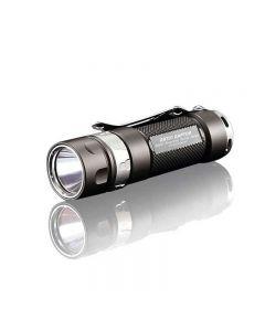 JETBEAM JET-RRT01 CREE XP-L 950 Lumen LED EDC lampe de poche