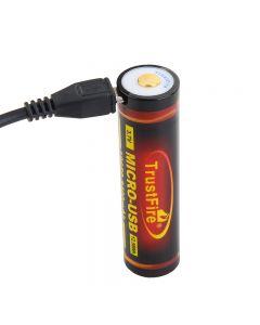 Trustfire 18650 3400mah 3.7V Micro USB Rechargeable Li-ion Batterie