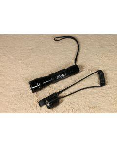 UltraFire WF-501 b Cree U2 LED lampe de poche avec un télérupteur